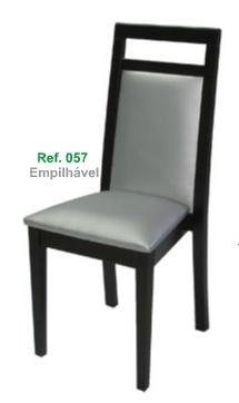 Compro Cadeiras empilháveis