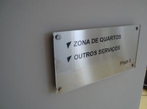 Compro Sinalética