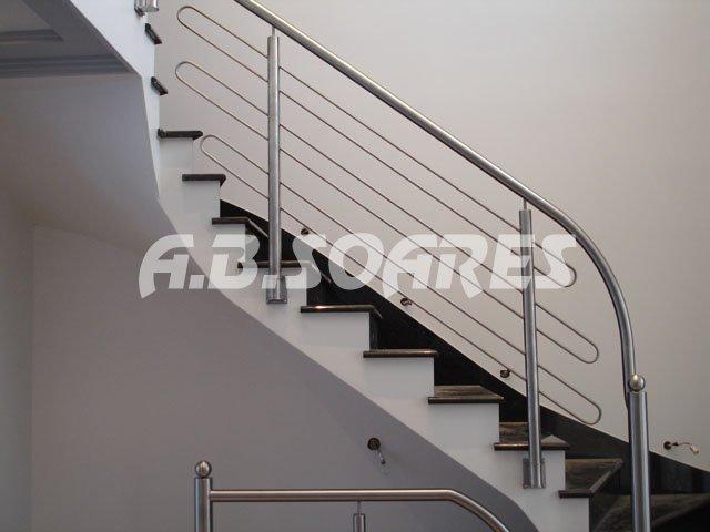 Compro Escadas em aço inox