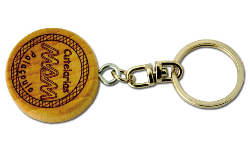 Compro Porta-chaves em madeira