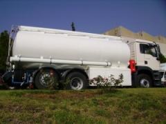 Cisterna sobre chassis