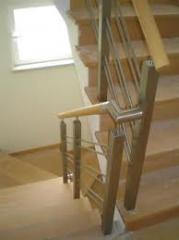 Escadas em madeira com inox