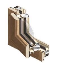 Caixilharia em madeira