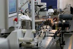 Linhas automatizadas FARTROUVEN MLC de extrusão de tubos multicamadas de alumínio ou polímero