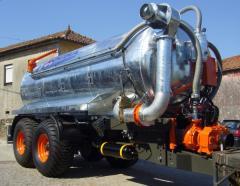 Cisterna 12.000L com chassis