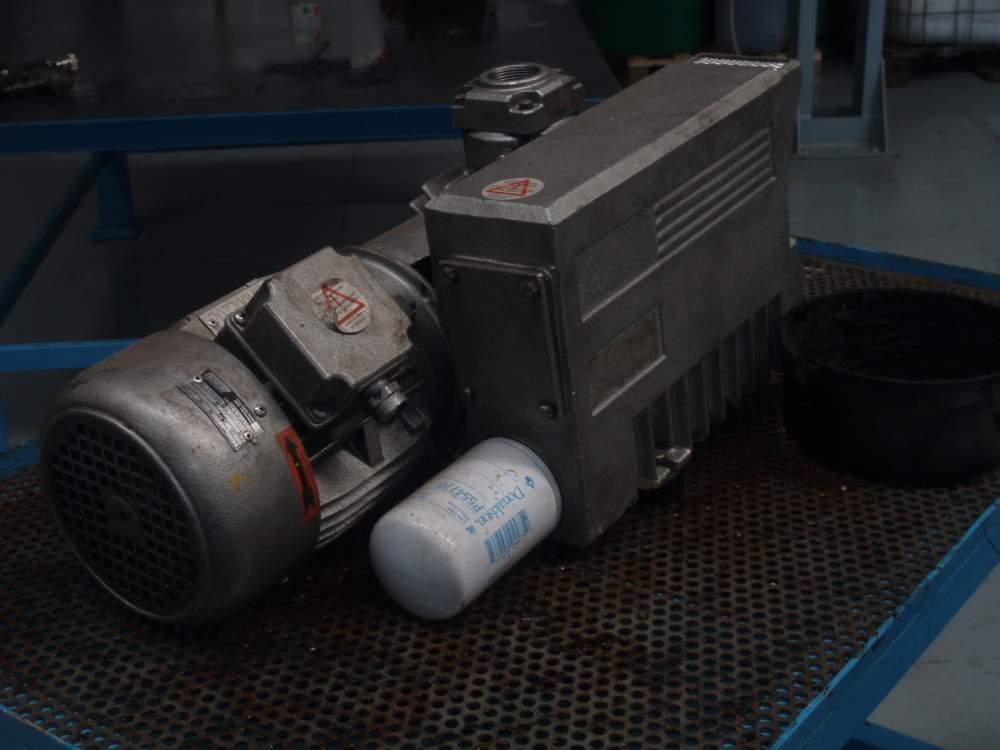 Encomenda Manutenção de sistemas e bombas de vácuo