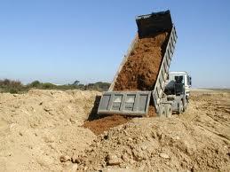 Encomenda Movimentação de terras