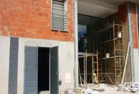 Encomenda Reparação e cosmética de betão