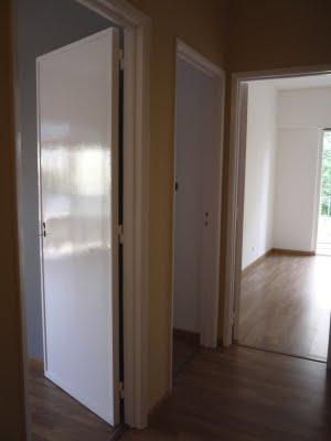 Encomenda Pintura de portas e janelas com montagem de ferragens
