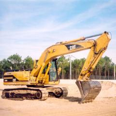 Aluguer maquinas giratórias Caterpillar 320C