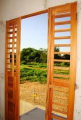 Instalação e recuperação de janelas e portas