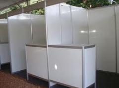 Limpeza de stands antes e após exposições